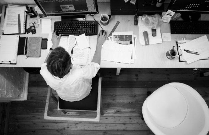 Jak podnikat při zaměstnání