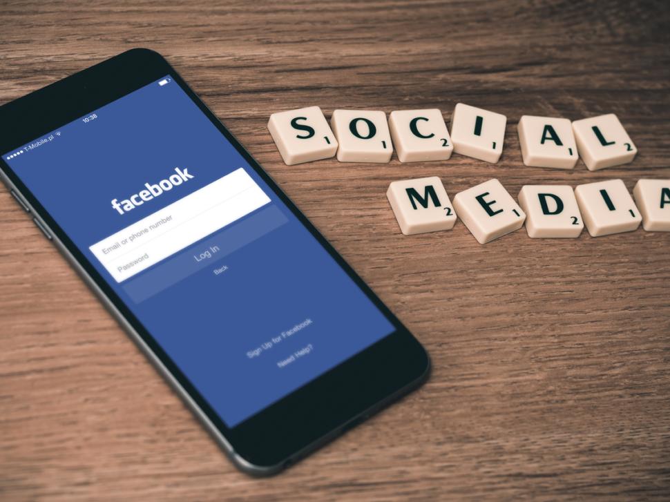 jak založit facebook stránku